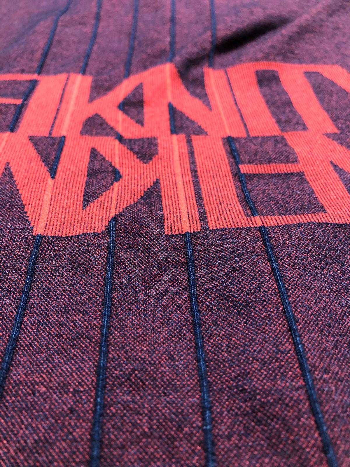 Infiknity indigo knitwear dettaglio interno maglia prototipo