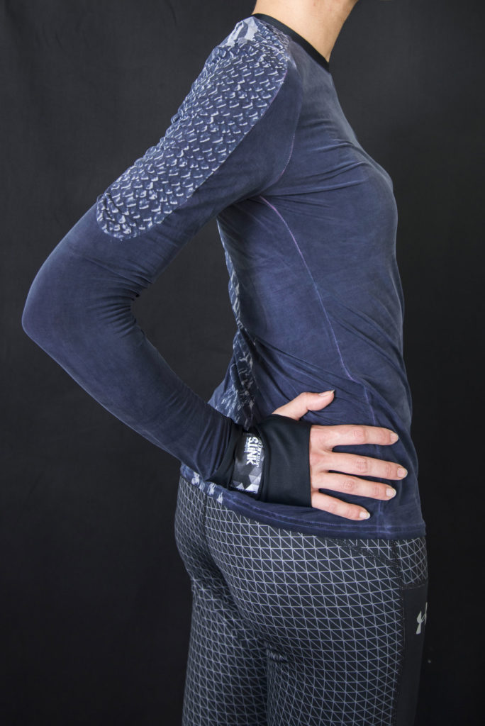 Long-sleeve shirt Prototype designed by Meidea for Intelligence Knits Jeanologia's collection