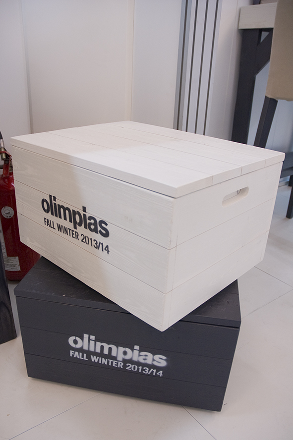 Stand by Meidea for Olimpias Fall Winter 2013-2014
