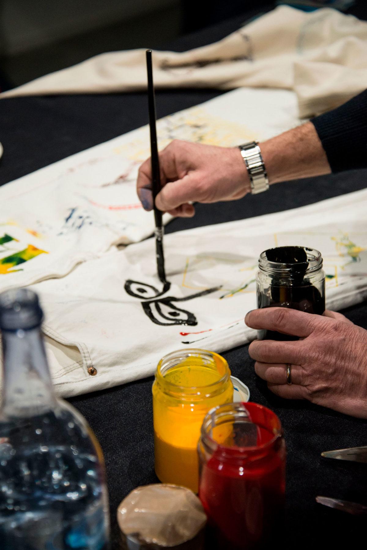 Jenas Art Upcycle: experimenting